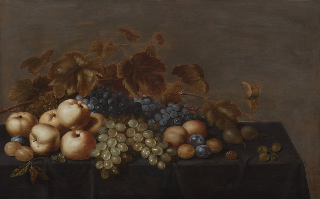 Still Life Of Fruit Su Un Tavolo Drappeggiato Con