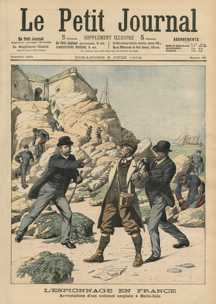"Spionaggio in Francia, arresto di un colonnello inglese a Belle Isle, illustrazione da ""Le Petit Journal"", supplemento illustre, 5 giugno 1904 da French School"