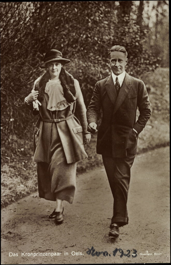 Ak Crown Princess Cecilie e Crown Prince Wilhelm of Prussia da German Photographer