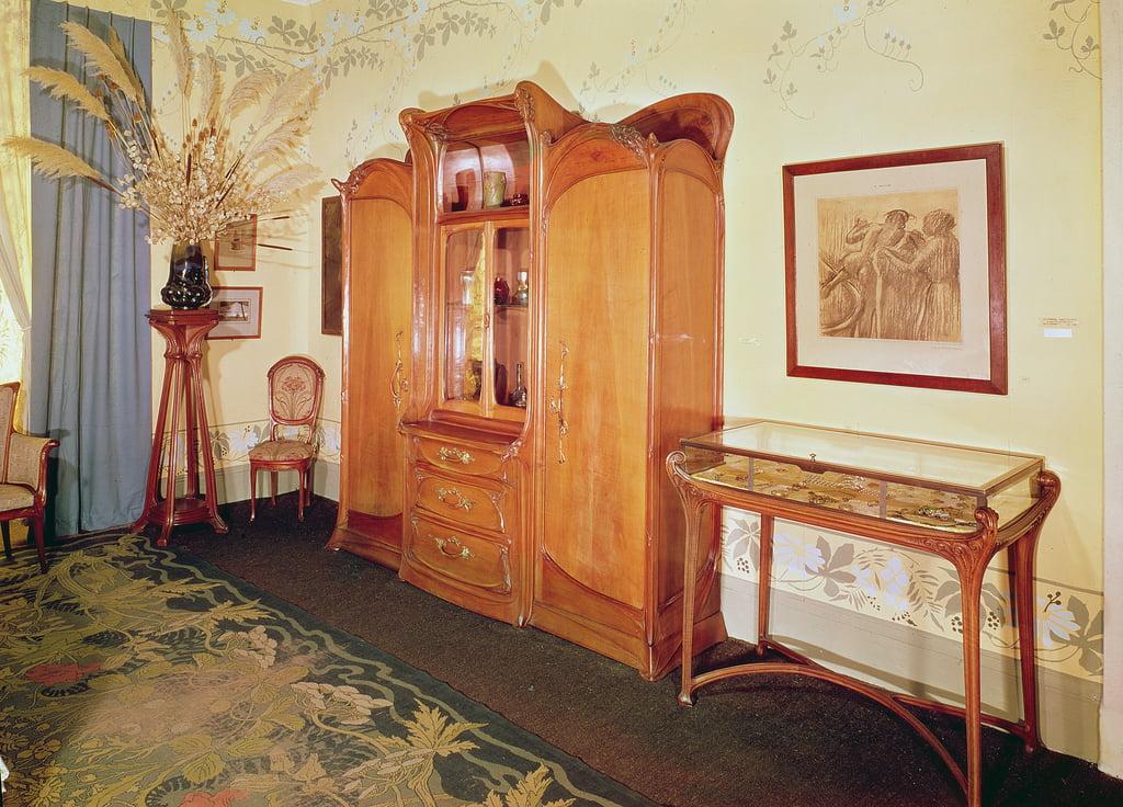 Camere Da Letto Art Deco : Camera da letto in stile art nouveau 1900 ca .